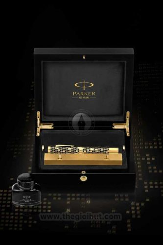 Parker-Duofold-Giant-Limited-Edition-6125-6